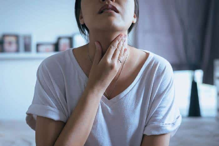 گلو درد بعد از برداشتن دندان عقل